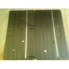 Обивка двери 2106 /к-т 4 шт/Люкс с молдингом(кожзаменитель, цвет черный )